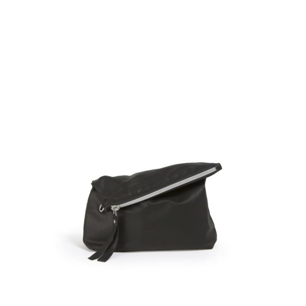 LUMI RAWTUS Folding Pouch, in Black. RAWTUS leather is so light that you don't even believe it really is leather. Pure and simple styled folding pouch is perfect for your everyday stuff.