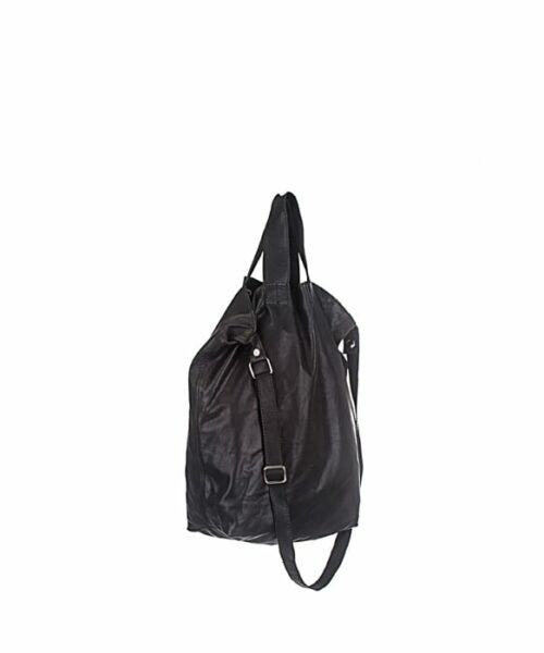 LUMI RAWTUS Tote Black, in Black. Light and stylish – that is what this RAWTUS Tote is all about.