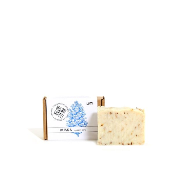 """LUMI Ruska """"Forest Dew"""" soap in a botanical scent, reminding you of the foraging forest adventures."""