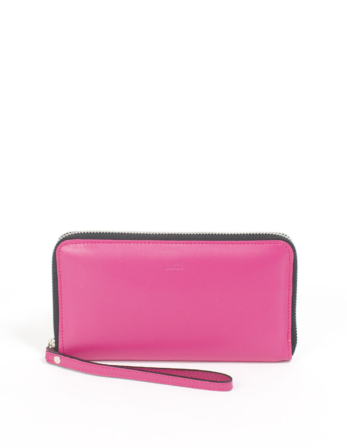 LUMI Orvokki Large Wallet, in pink/coral.
