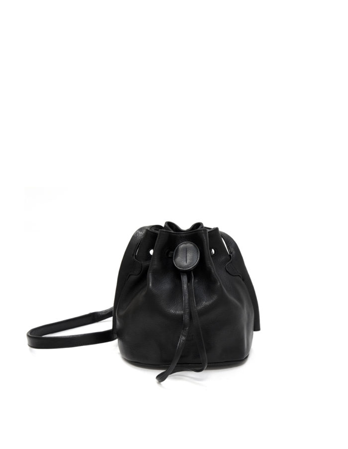 Lumi Beata Small Bucket Bag Black