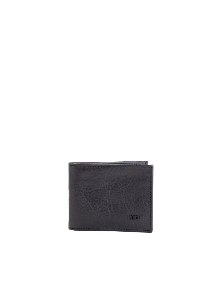 LUMI Riku Wallet, in black, is created using vegetable tanned leather.