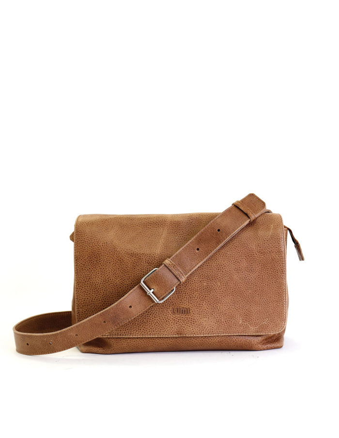 LUMI Hagar Messenger Bag, in beige. Created using vegetable tanned leather.