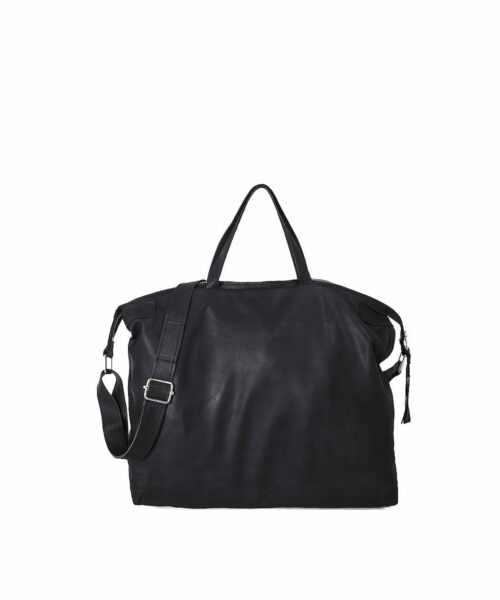 LUMI East-West Tote, in Black. Light and stylish – that is what this RAWTUS Tote is all about.