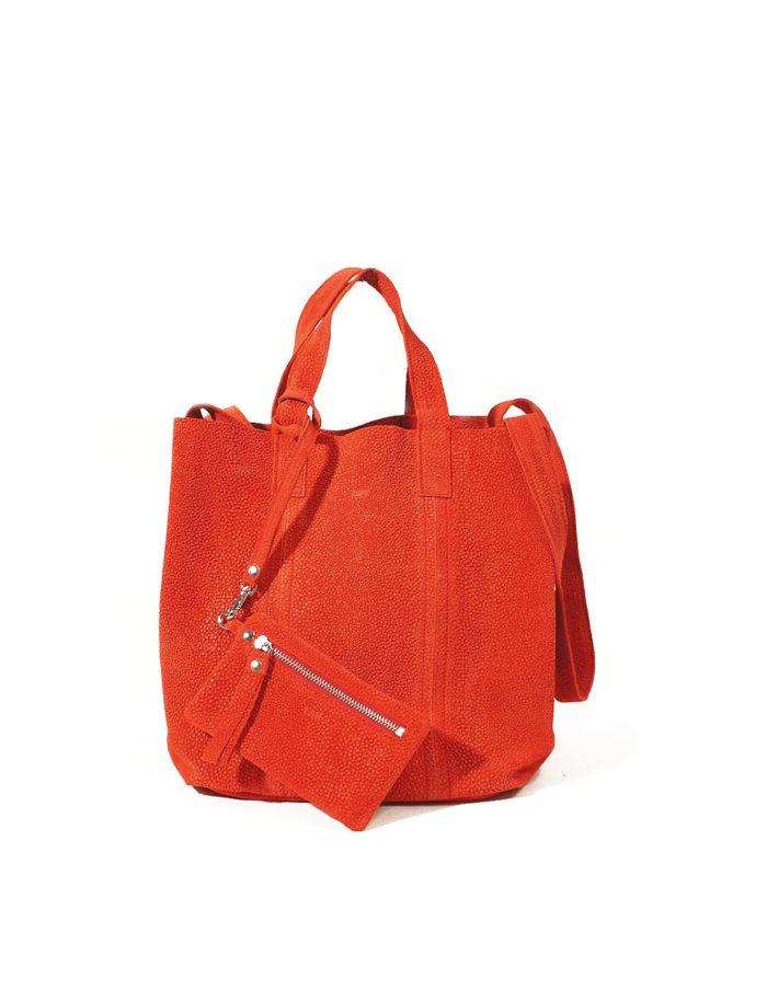 LUMI Frida Small Tote Bubbles, in red, is from our Limited Edition. Frida makes a perfect accessory for toting around town, in style.