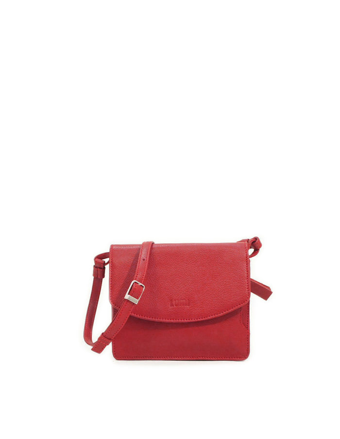 LUMI Kirsti Vintage Bag, in red, is made of vegetable tanned goat leather.