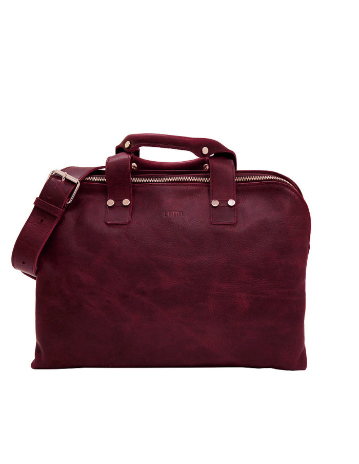 LUMI James Business Bag, in wine, is all about urban functionality. Created using vegetable tanned, pull-up waxed leather.
