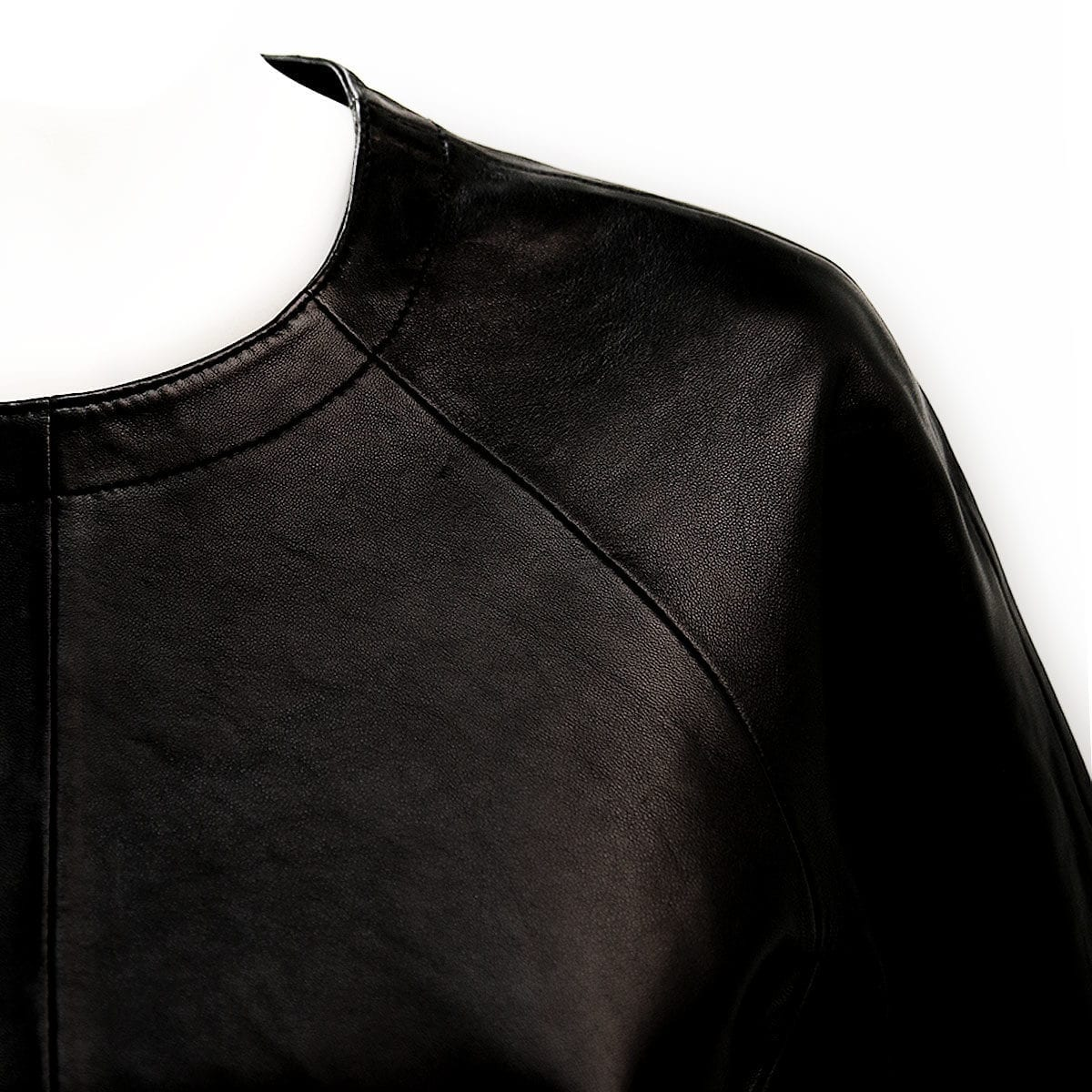 LUMI Leather Garments T-Shirt details