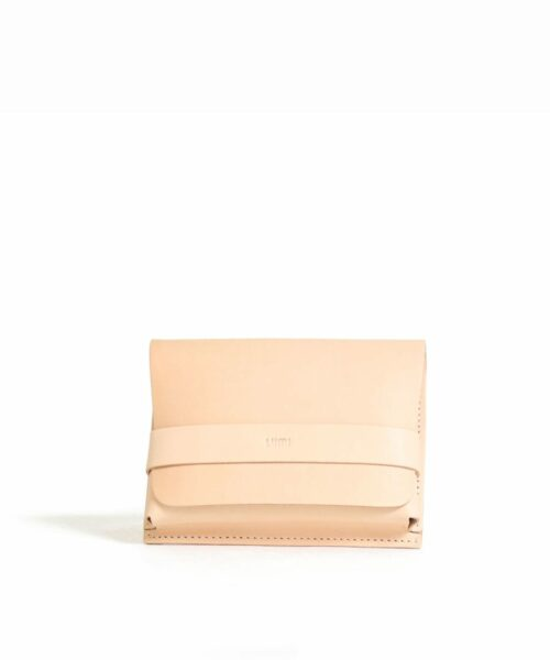 LUMI Medium Case Utility Pocket is created using natural vegetable tanned cow leather.