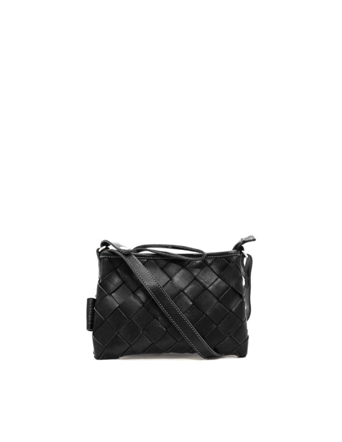 LUMI Toarie Woven Clutch Small, in black