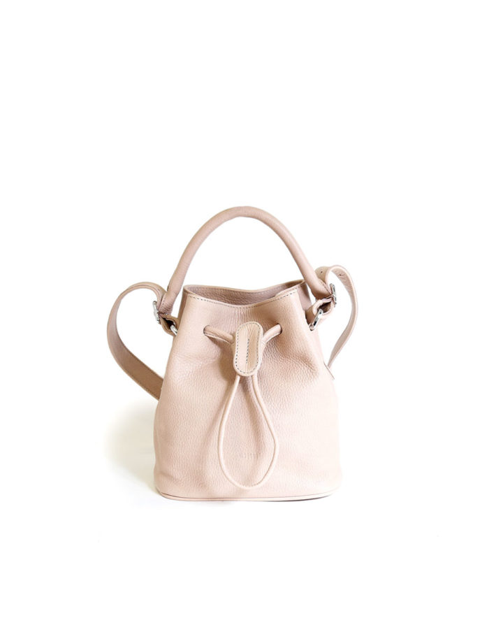 LUMI Klara Small Bucket Bag, in peach.