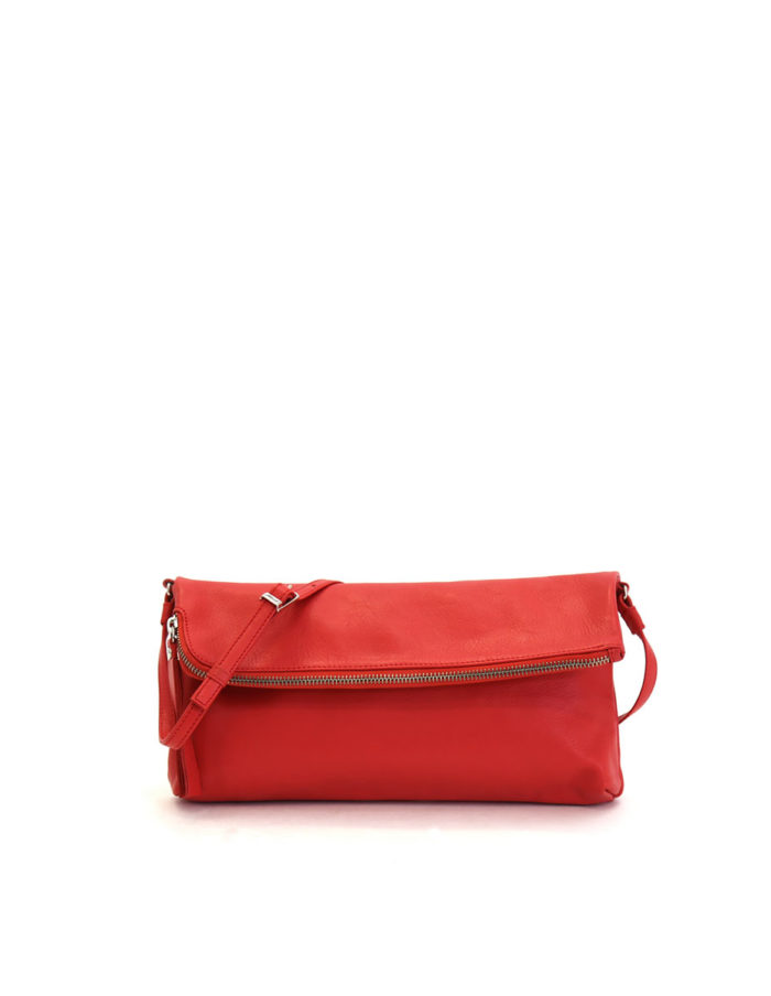 LUMI Stefanie Large Pouch, in coral is made of vegetable tanned goat leather. Chemical free dyeing.