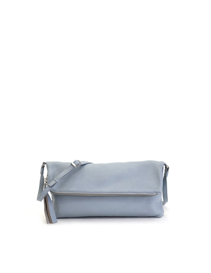 LUMI Stefanie Large Pouch, in sky blue, is made of vegetable tanned goat leather. Chemical free dyeing.
