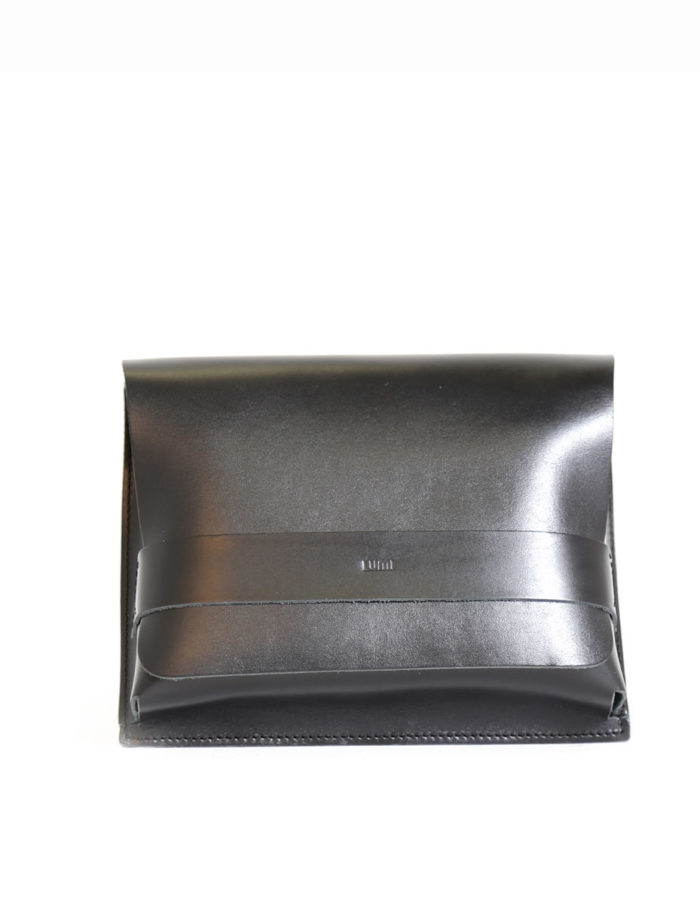 LUMI Large Case Meeting Pocket, in black, is created using natural vegetable tanned cow leather.