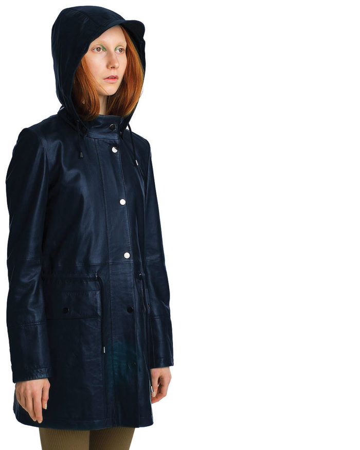 Women's LUMI Leather Anorak, in navy, is made of buttery soft full grain, trough dyed sheep leather.