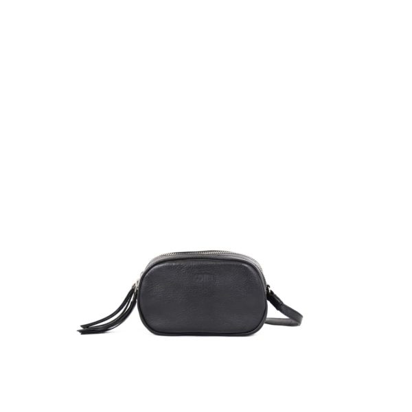 LUMI Jasmin Oval Bag in black.