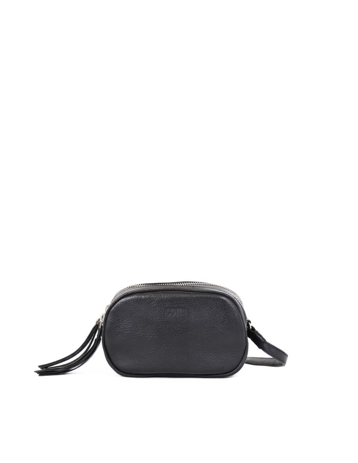 LUMI Jasmin Oval Bag in black.