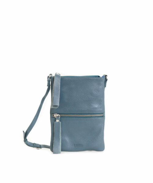 LUMI Hilda Double Pouch, in petrol, is made of vegetable tanned goat leather. Chemical free dyeing.
