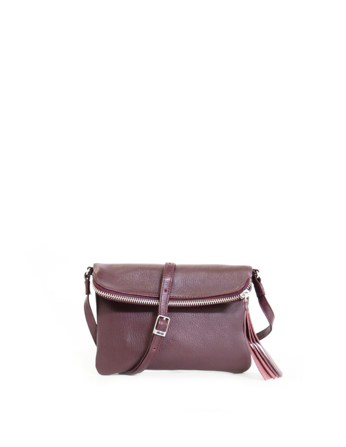 LUMI Stella Pouch Bag, in wine, is made of vegetable tanned goat leather. Chemical free dyeing