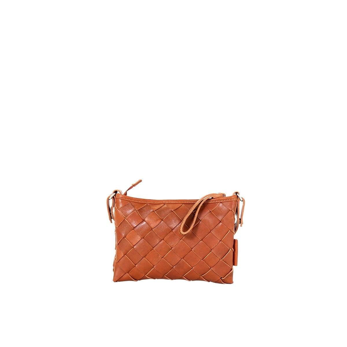 LUMI Toarie Woven Clutch Small in beautiful cognac.