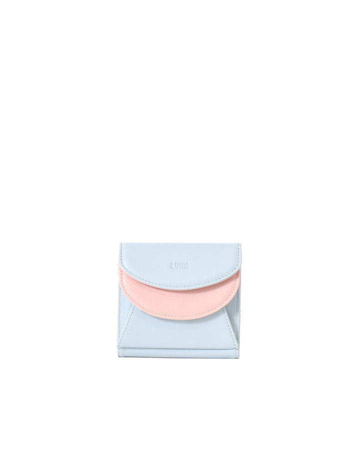 LUMI Viivi Trifold Wallet in pretty baby blue and baby pink combo. This little trifold wallet safe-keeps your cards and cash in style. The wallet is handmade from lovely and soft sheep napa leather, which makes it beautiful to hold in your hand.