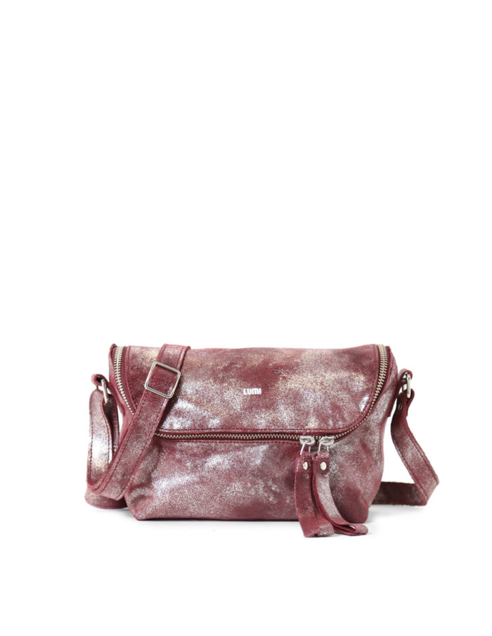 LUMI Rita Mini Bag, in wine/shine, is from our Limited Edition. Rita makes a perfect daily accessory for any occasion.