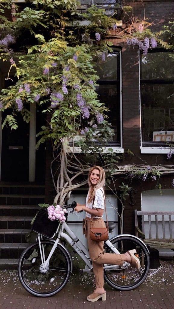 Olivia Mini Saddler Bag. Photo by Cravings in Amsterdam.