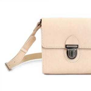 Hilla Messenger is made from vegetable tanned leather in Portugal.